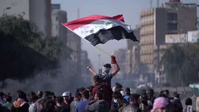 el presidente iraqui barham saleh nombro el sabado al exministro de comunicaciones mohamed alaui como nuevo primer ministro informo el propio... - politica stock videos & royalty-free footage