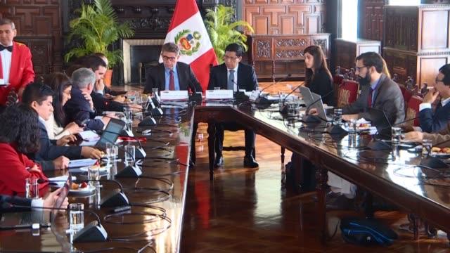 el presidente peruano martin vizcarra promulgo el miercoles un decreto de urgencia que establece medidas excepcionales para garantizar la realizacion... - martín vizcarra stock videos & royalty-free footage