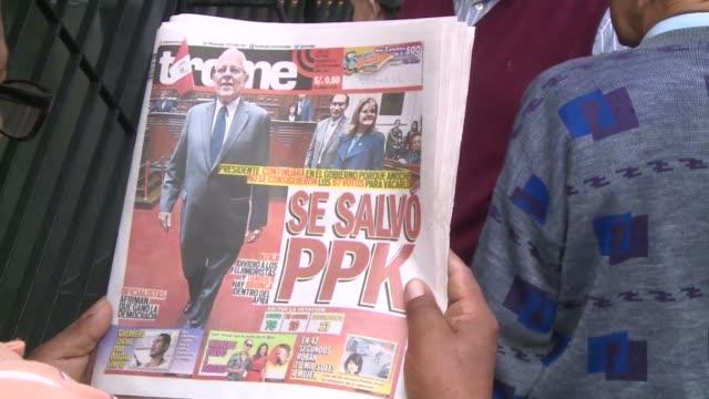 el presidente peruano pedro pablo kuczynski inicio el viernes la reorganizacion de su gabinete después de salvarse de ser destituido por el congreso... - congreso stock videos and b-roll footage