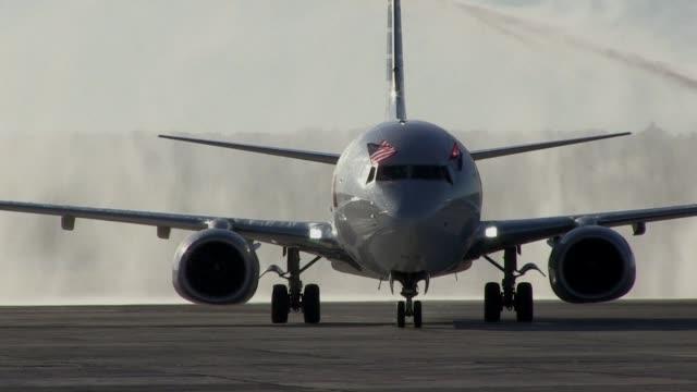 El primer vuelo comercial de Miami a La Habana llego al aeropuerto internacional Jose Marti el lunes coincidiendo con los funerales y tributos al...