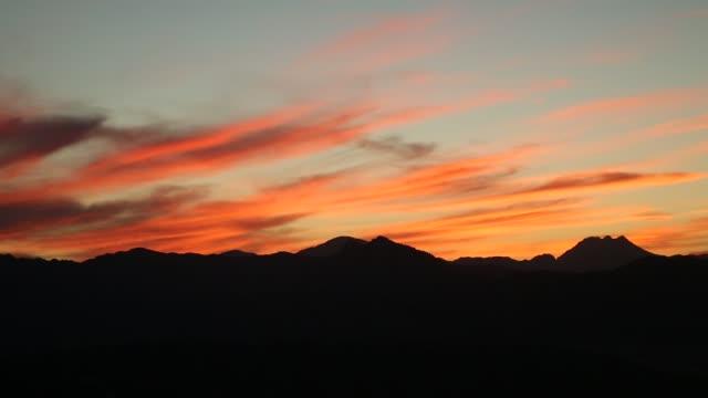 el tajo gorge, ronda, andalusia, spain - 峡谷点の映像素材/bロール