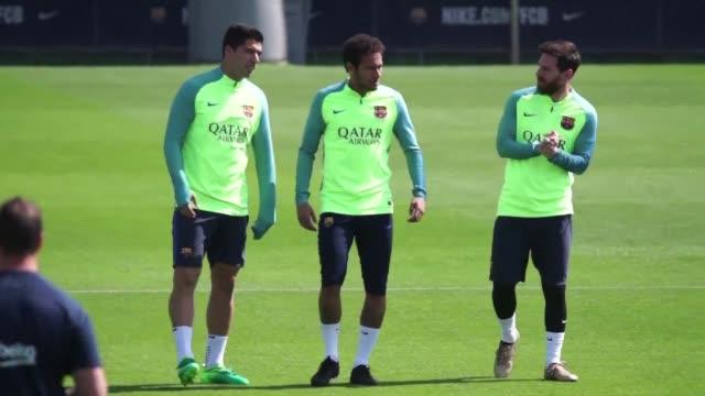 El tecnico del Barcelona advirtio que su equipo tendra que ser muy regular en lo que queda de temporada para hacerse con el triunfo final mientras...