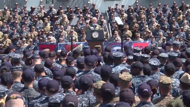 vídeos y material grabado en eventos de stock de el vicepresidente de estados unidos mike pence prometió el miercoles una respuesta aplastante en caso de un ataque de corea del norte ante un... - ee.uu
