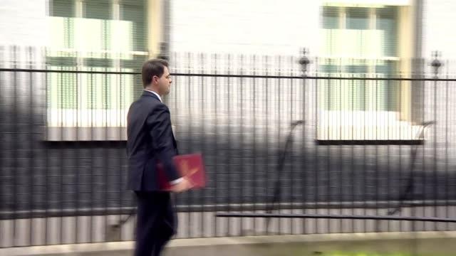 powersharing negotiations / northern ireland reaction; 18.4.2017 / r180417003 england: london: downing street: ext james brokenshire mp cabinet... - democratic unionist party 個影片檔及 b 捲影像
