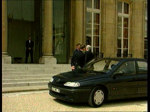 election result election result itn paris sculptured face ms lionel jospin out of door and along thru press to car france elysee palace jospin's car... - courtyard stock videos and b-roll footage