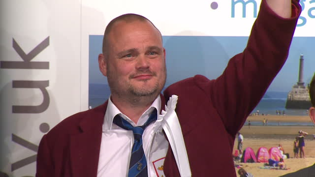 election results announced for south thanet. shows interior shots al murray, fukp having count read out & will scobie, labour less votes than ukip.... - al murray stock videos & royalty-free footage