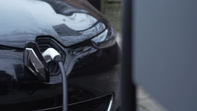electric car charging station in central london on november 29, 2020 in london, england.the uk government released details of its ten point plan for... - creativity stock videos & royalty-free footage