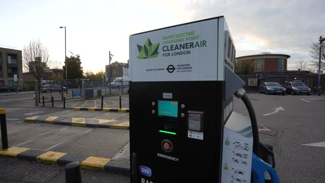 electric car charging station on november 23 2020 in london englandthe uk government released details of its ten point plan for a green industrial... - {{relatedsearchurl(carousel.phrase)}} stock videos & royalty-free footage