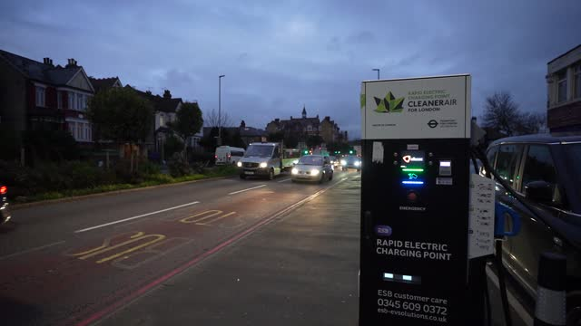 electric car charging station on november 24 2020 in london englandthe uk government released details of its ten point plan for a green industrial... - {{relatedsearchurl(carousel.phrase)}} stock videos & royalty-free footage