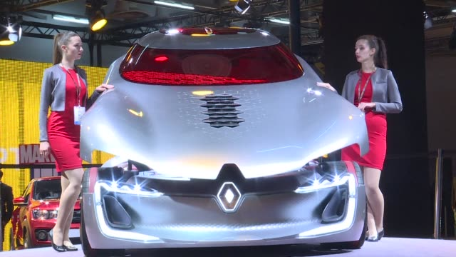 Electric cars bask in the limelight at India's flagship auto show where an ambitious plan to phase out polluting clunkers has manufacturers racing to...