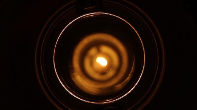 elektriskt ljus hemma - glödlampa bildbanksvideor och videomaterial från bakom kulisserna