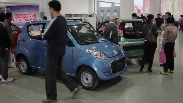 ms electric vehicle in exhibition/xian,shaanxi,china - electric vehicle stock videos & royalty-free footage