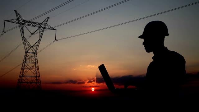 電気エンジニアシルエット - 発電所関係の職業点の映像素材/bロール