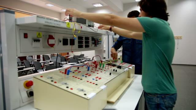 Elektrotechnik Labor