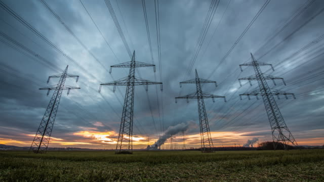 strom-grid - power line stock-videos und b-roll-filmmaterial