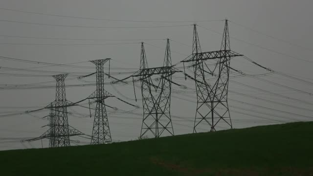 czech electricity grid & dukovany nuclear power plant - nuclear energy点の映像素材/bロール