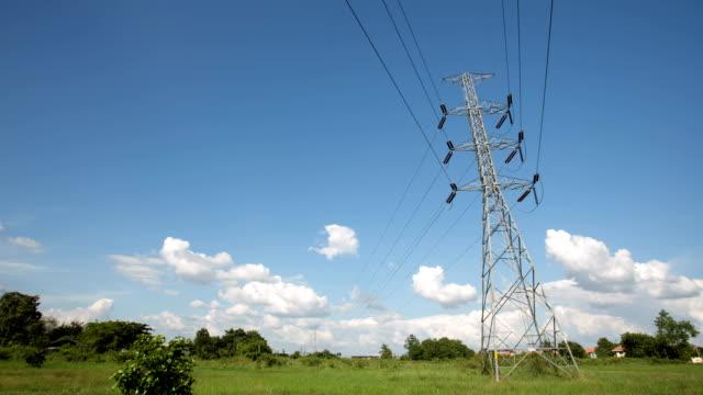 Torre de conducción eléctrica.