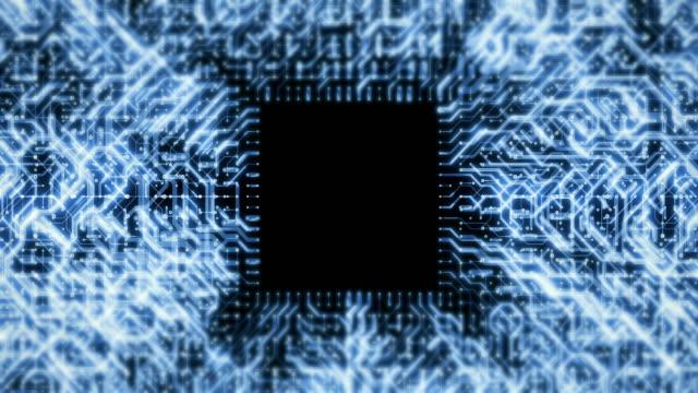 vídeos de stock, filmes e b-roll de fundos eletrônicos da placa do cpu ou do circuito - mais zoom