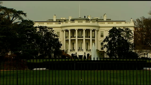 barack obama pledges to restrict nsa activity usa washington ext general view of the white house armoured limousine along road - limousine stock-videos und b-roll-filmmaterial