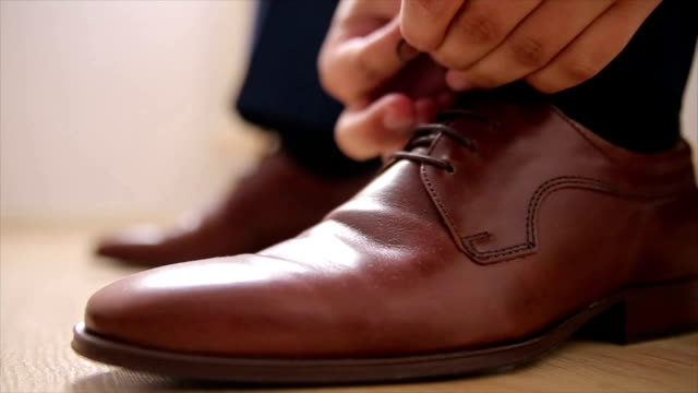 Elegance men's shoes,brown luxury leather