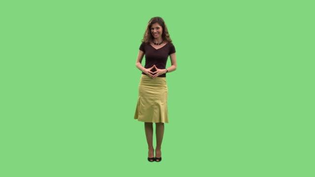 vidéos et rushes de hd : élégante femme d'affaires - conférencier