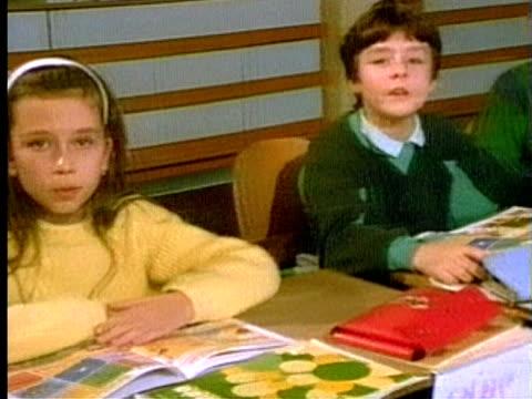 1994 MS ZO PAN Elementary School children singing the alphabet in classroom/ Germany/ AUDIO
