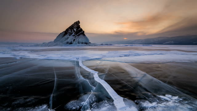 elenka island on lake baikal in winter. 4k timelapse - eingefroren stock-videos und b-roll-filmmaterial