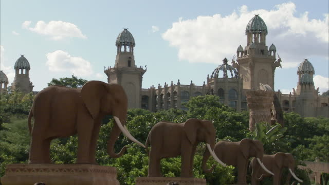 WS ZO Elephant Bridge with Palace of Lost City / Sun City, North West, South Africa