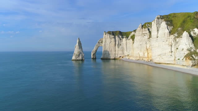 elephant cliff in etretat commune / normandy, france - boulder rock stock videos & royalty-free footage