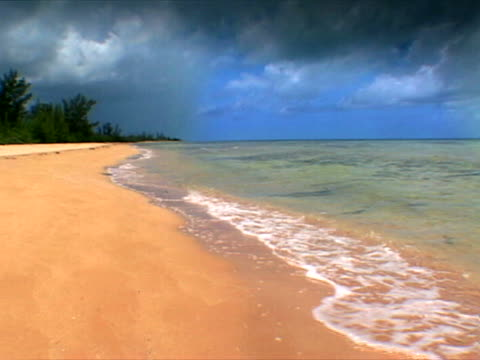 eleuthera: sandy stretch at cape eleuthera - artbeats stock videos & royalty-free footage