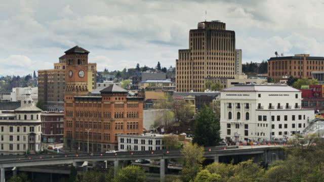 vidéos et rushes de elevated roads crossing downtown tacoma - aerial view - océan pacifique nord