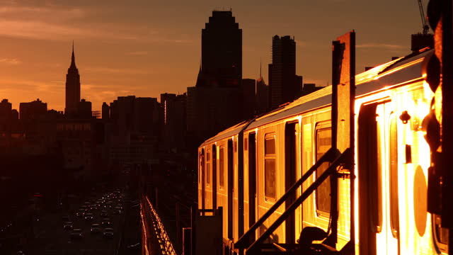 elevated subway train sunset - elevated train stock videos & royalty-free footage