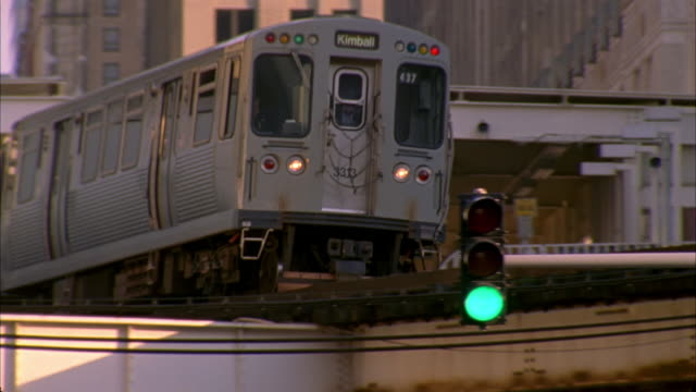 cu, la, pan, elevated train, chicago, illinois, usa  - elevated train stock videos and b-roll footage