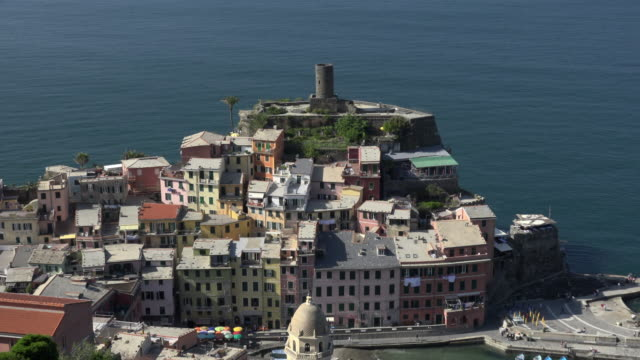 ZO / Elevated view of italian village Vernazza at the mediterranean sea