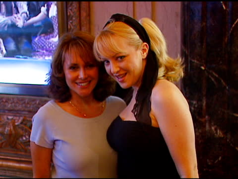 vídeos de stock e filmes b-roll de eliana alexander and wendi mclendon-covey at the los angeles opening of 'little women' at pantages theater in hollywood, california on august 2, 2006. - pantages theater
