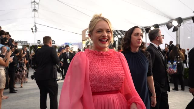 elisabeth moss at the 26th annual screen actorsguild awards at the shrine auditorium on january 19, 2020 in los angeles, california. - screen actors guild stock videos & royalty-free footage