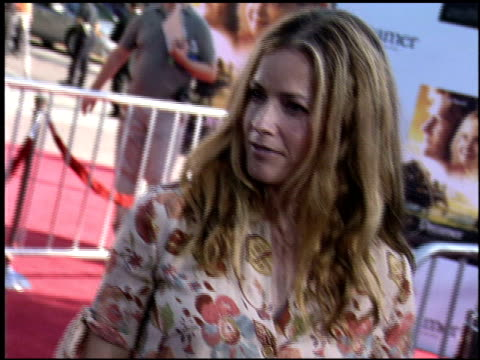 elisabeth shue at the dreamer premiere on october 9, 2005. - elisabeth shue stock videos & royalty-free footage