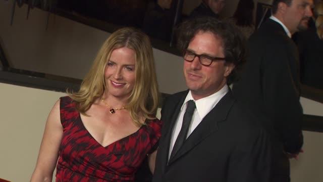 vidéos et rushes de elisabeth shue, davis guggenheim at the 63rd annual directors guild of america awards at hollywood ca. - elisabeth shue
