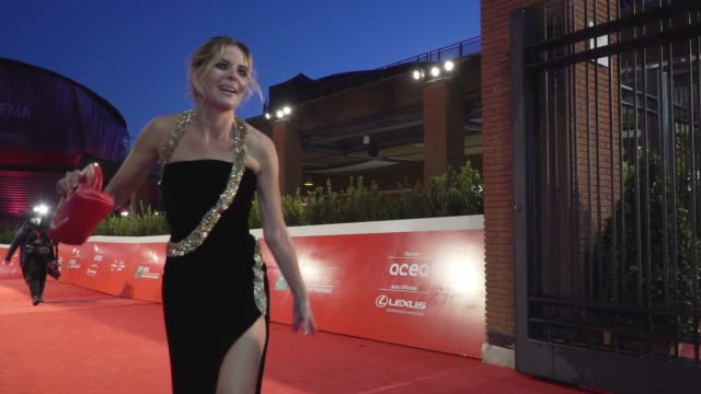 """elisabetta pellini arrives on the red carpet ahead of the """"supernova"""" screening during the 15th rome film fest on october 16, 2020 in rome, italy. - rome film festival stock videos & royalty-free footage"""