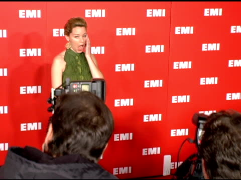 elizabeth banks at the emi post-grammy party on february 8, 2006. - emi grammy party stock videos & royalty-free footage