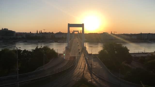 elizabeth bridge, budapest - hungary stock videos & royalty-free footage