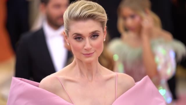 elizabeth debicki at the 2019 met gala celebrating camp notes on fashion arrivals at metropolitan museum of art on may 06 2019 in new york city - met gala 2019 stock videos and b-roll footage