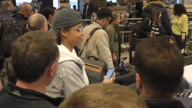 stockvideo's en b-roll-footage met ella balinska arriving at sundance film festival at salt lake city airport in utah in celebrity sightings in park city utah - sundance film festival