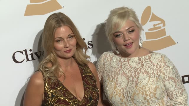 stockvideo's en b-roll-footage met elle king at the 2016 pregrammy gala and salute to industry icons honoring irving azoff at the beverly hilton hotel on february 14 2016 in beverly... - irving azoff