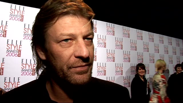 vidéos et rushes de interviews sean bean interview sot on playing a federal agent in a new pilot for fox / on his new film silent hill / on straddling the worlds of tv... - sean bean