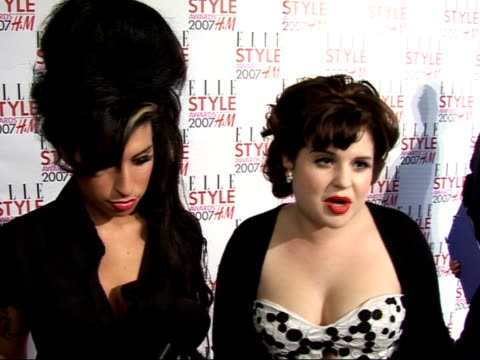arrivals / interviews amy winehouse and kelly osbourne interview sot style icons/ size zero models/ looking forward to brits - kelly osbourne stock videos and b-roll footage
