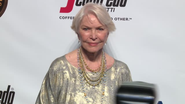 ellen burstyn at friars club honors martin scorsese with entertainment icon award at cipriani wall street on september 21 2016 in new york city - cipriani wall street stock videos & royalty-free footage