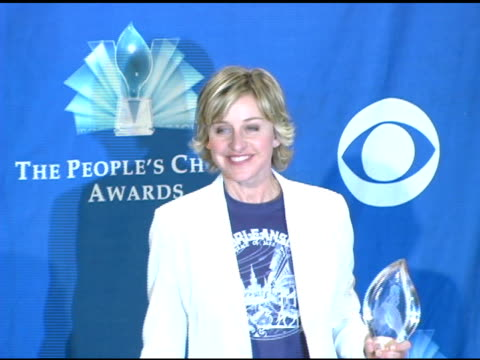 ellen degeneres at the 2006 people's choice awards press room at the shrine auditorium in los angeles california on january 10 2006 - people's choice awards stock videos & royalty-free footage