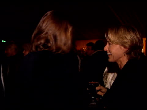 ellen degeneres at the 'interview with the vampire' premiere at the mann village theatre in westwood california on november 9 1994 - レジェンシービレッジシアター点の映像素材/bロール