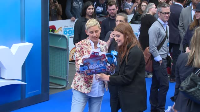vídeos y material grabado en eventos de stock de ellen degeneres on july 10 2016 in london england - ellen degeneres